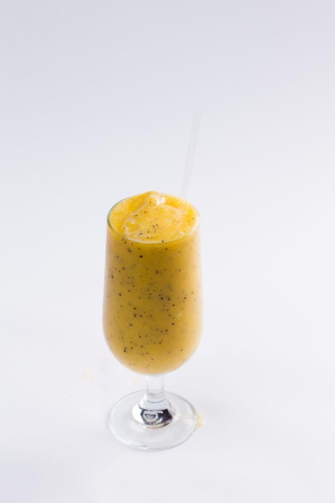 Passionfruit and mango smoothie