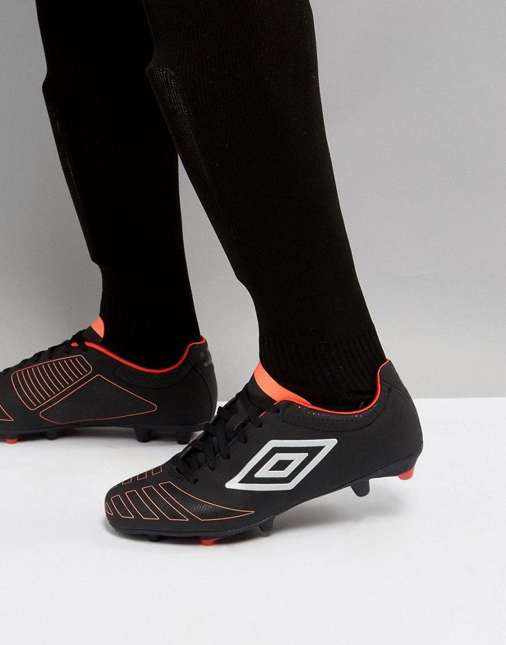 UmbroAccuro Stud Soccer Boots - Black