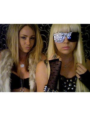 #DIY Britney Spears and Lady Gaga costumes