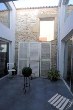 House for sale in Châteauneuf-sur-Charente, France : 68e