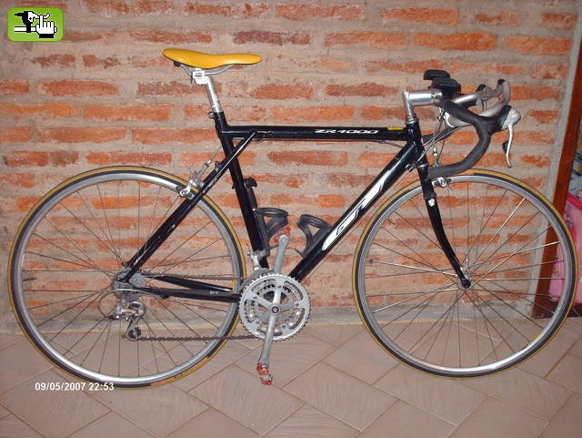 25 best images about GT Road Bikes on Pinterest  Fixed gear