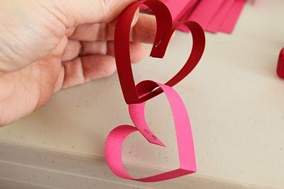 hearts paper chain garland