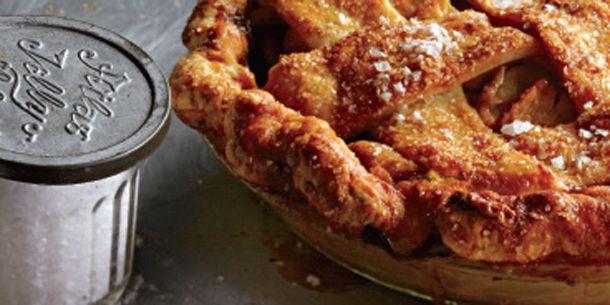 Pie aux pommes et au caramel beurre salé