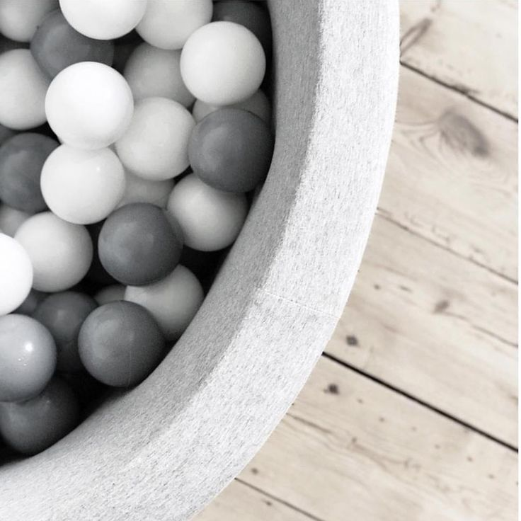 Light Grey Ball Pit –  Grey and White Balls