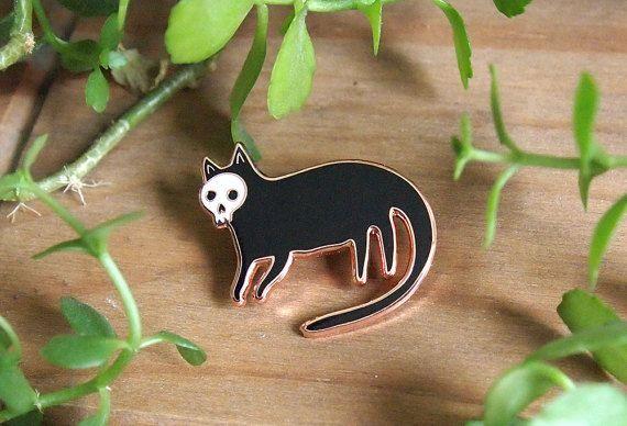 Tête de mort chat émail broches - broche chat - émail broche - émail chat - j'aime les chats - chat épinglette broche - bijoux chat - chat cadeaux, cadeaux - chats - émail dur