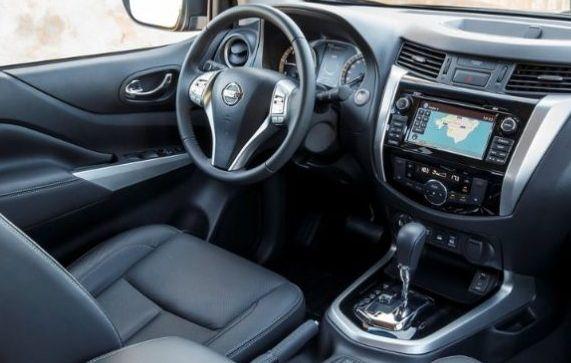 2019 Nissan Navara Inside