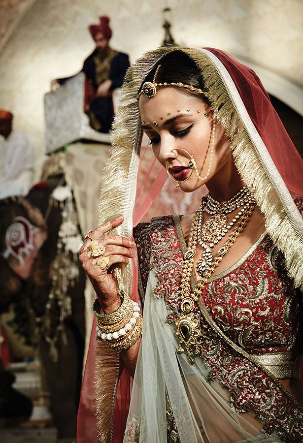 Tanishq Marwari Bride Wedding Jewellery Collection(2)