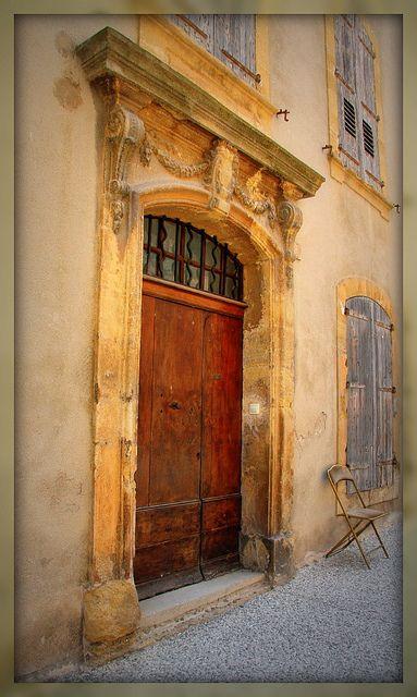 Porte de Loumarin, Provence   ..rh