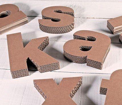 Las 25 mejores ideas sobre letras de cart n en pinterest for La madera es reciclable
