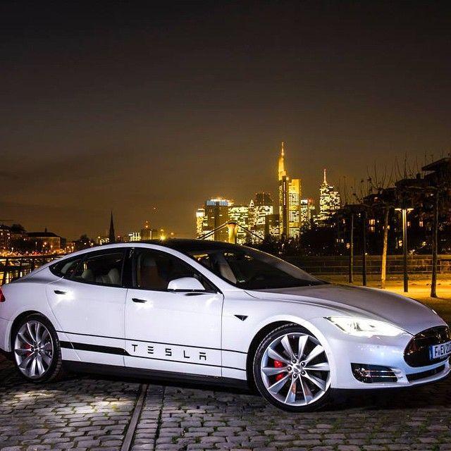 Best 25 Tesla Roadster Ideas On Pinterest: 1000+ Ideas About Tesla S On Pinterest