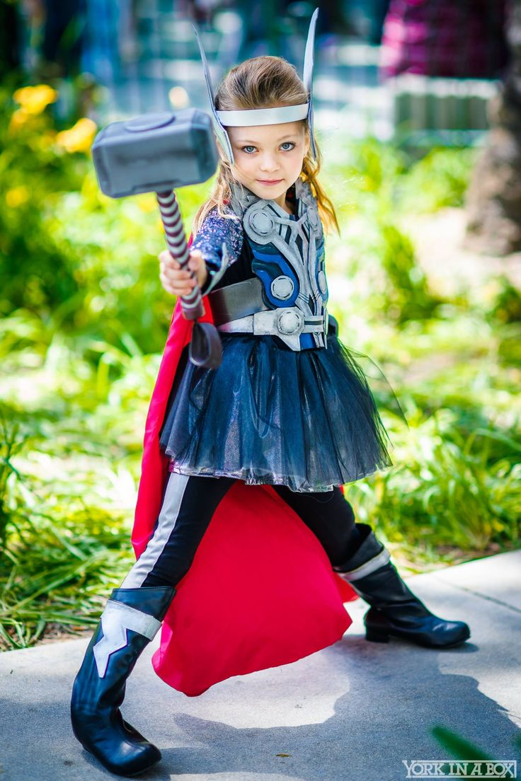 Thor by Miley Romero at WonderCon 2015 #YorkInABox
