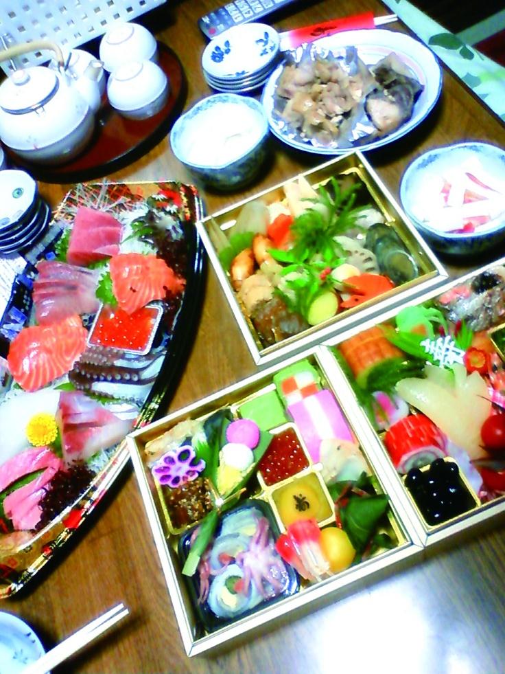 本のお正月のお節料理です。Japanese New Year Feast