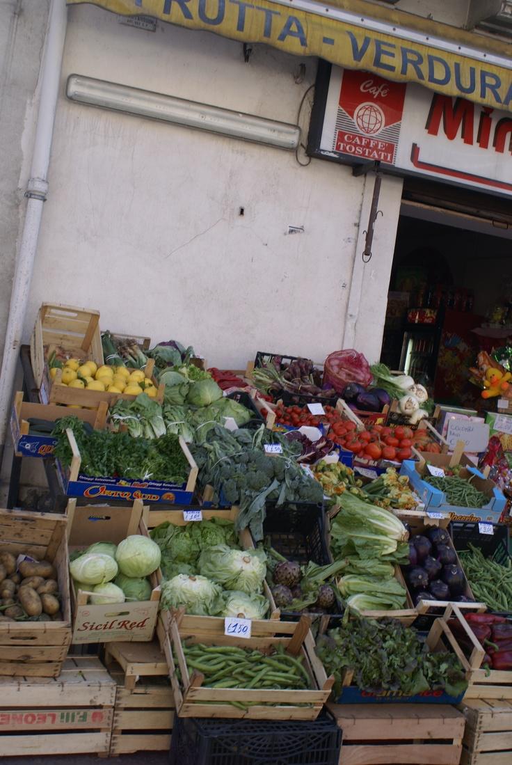 Giarre - Frutta Vendura