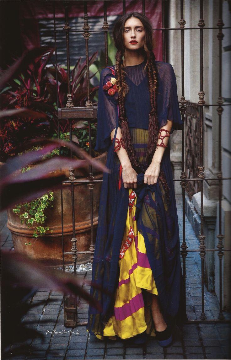 Pulseras de Libélula en Vogue México Noviembre. Editorial de Frida Kahlo