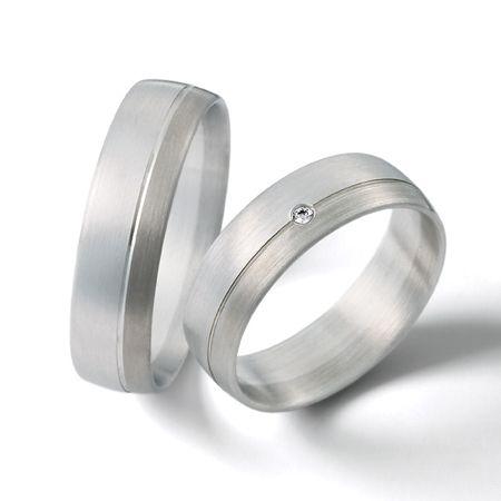 Diseño elegante y sencillo en argollas de matrimonio