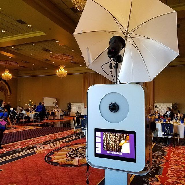 PHOTO BOOTH RENTAL- Let Focus and Fabulous Events make your next event extra special with our state of the art professional photo booth. Call today for pricing information and availability 347-770-6814  #instantsharing #corporateevents #corporateactivation #selfiebooth #sweetsixteen #gala #dcevents #eventsdc #modernluxuryweddings #eventprofs #partyrental #757photobooths #weddingfavors #luxuryevents #photoboothfun #photoboothrental #photobooth #womanownedbiz #photoboothdc #dcweddingplanner…