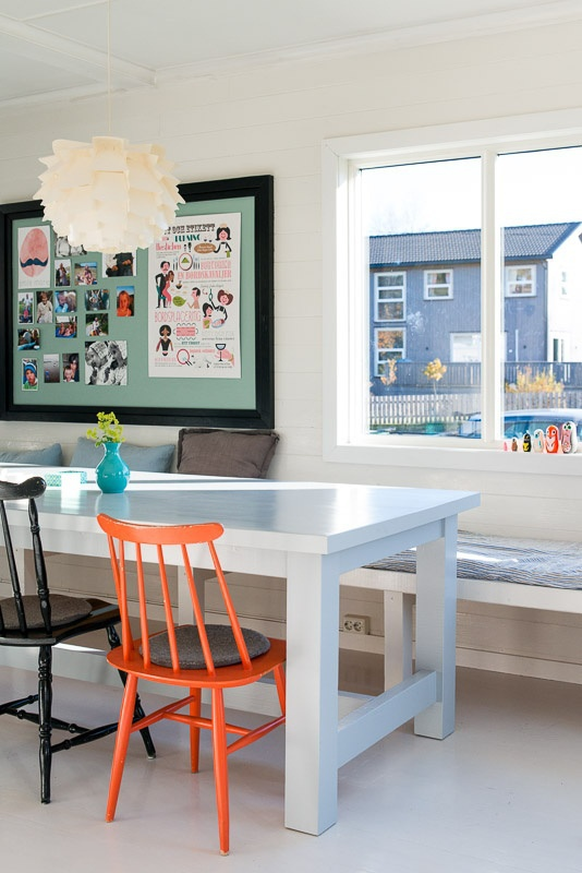 Opslagstavle - http://coloramaboligdromme.com/2012/12/18/oplagstavle-billigt-og-personligt-alternativ/