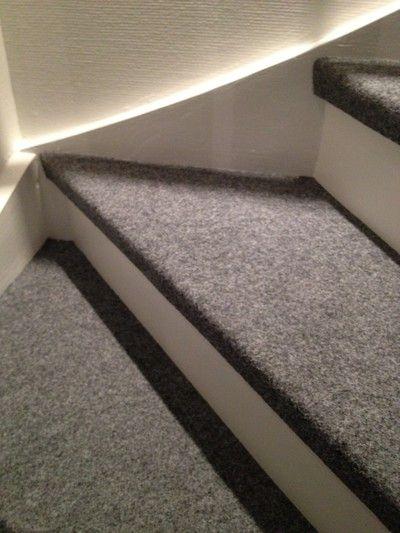 Här kommer några bilder påhur resultatet med vår trappa blev