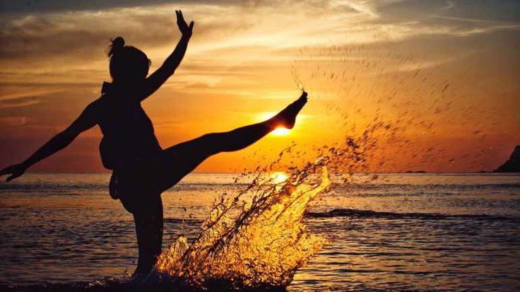Silhouetten fotografieren: So entstehen schöne Fotos im Gegenlicht im Sonnenuntergang