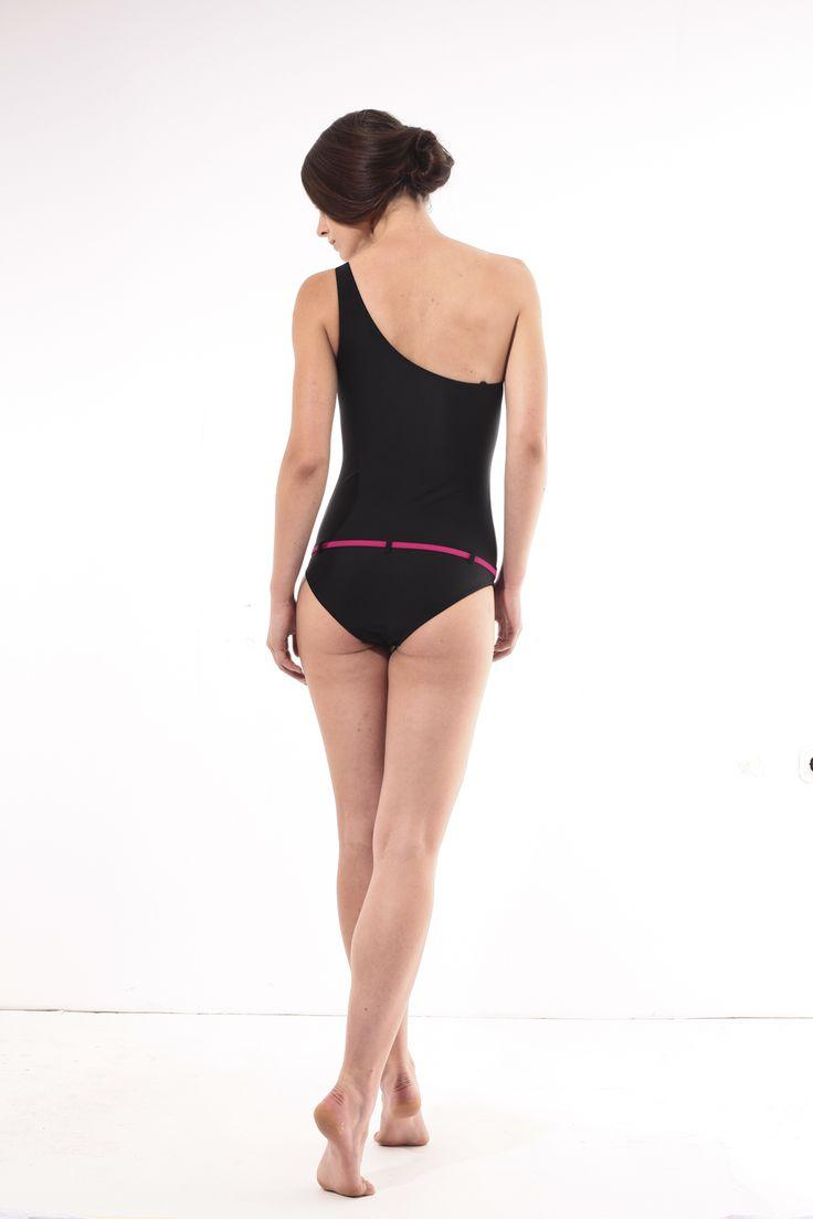 Black one-piece bathing suit @pelsoswimwear.com #pelso #swimwear