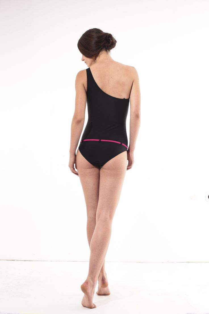 Black one-piece bathing suit @pelsoswimwear.com #pelso #swimwear