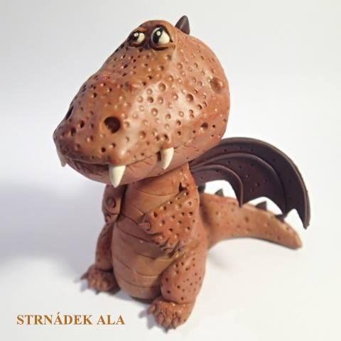 Alča Buršíková - figurka draka z polymerové hmoty podle workshopu od Alessio Busanca