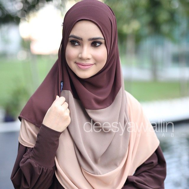 NUHA SHAWL emoji Code : DHNH 005 Approx : 1.7mtr x 27inch Price : RM65.00 (excluding pos) Material : Georgette Chiffon PM us on FB : Closet Heart Official or email us : closetheartshop@gmail.com for online purchase. #nuhashawl #chiffonshawl #selendang #oversizeshawl #tudunglabuh #sayajualshawl #deesyawallinhijab #pastel #pastelcolor #lensaroy