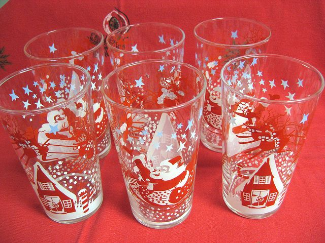 6 Vintage Christmas Glasses Tumblers Santa in Sleigh