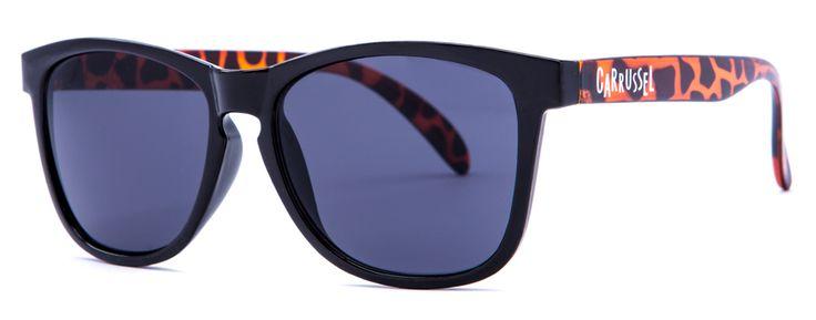 Negra y Carey - Lente Negra  Protección UV 400 Montura de pasta Certificado CE Tamaño 140 - 140 - 57 Funda Carrussel Gamuza personalizada Ref.: SV015 Precio: 25,00 Euros