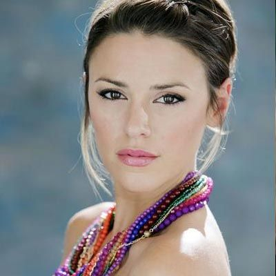 Elizabeth Hendrickson has confirmed that she will exit her role as The Young and the Restless' Chloe. Hendrickson, who made her daytime debut on All My Children, joined Y&R in 2008.