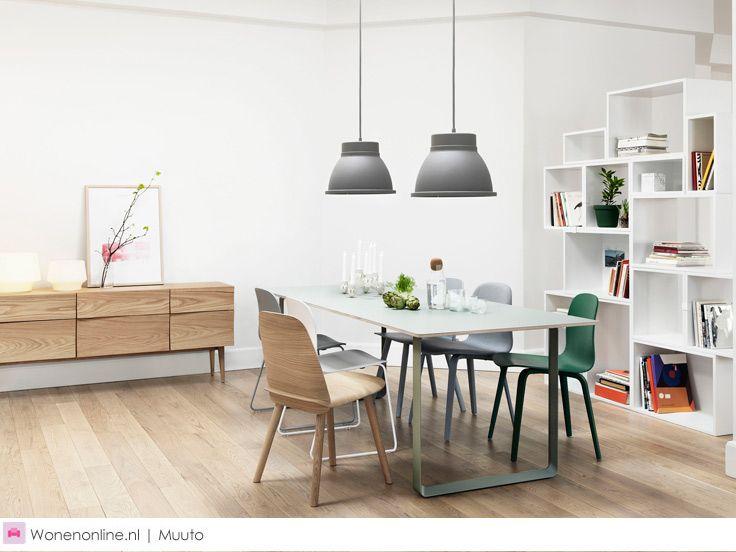 Muuto Scandinavisch design. Een breed scala aan vernieuwende design meubels, verlichting en accessoires.