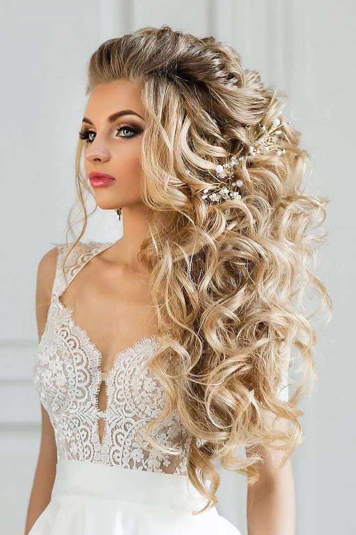 best 25 unique wedding hairstyles ideas on pinterest. Black Bedroom Furniture Sets. Home Design Ideas