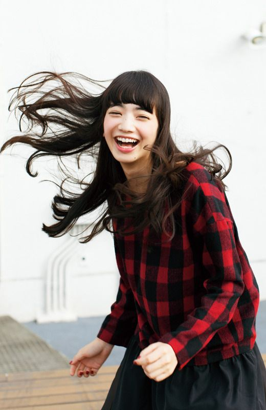 NUSY ブロックチェックのシャギートップス【LOVE RED】 | フェリシモ 小松菜奈