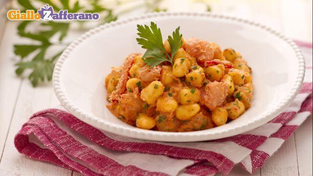 Gnocchetti con polpa di granchio e gamberetti (Gnocci with Crabmeat and Shrimp)