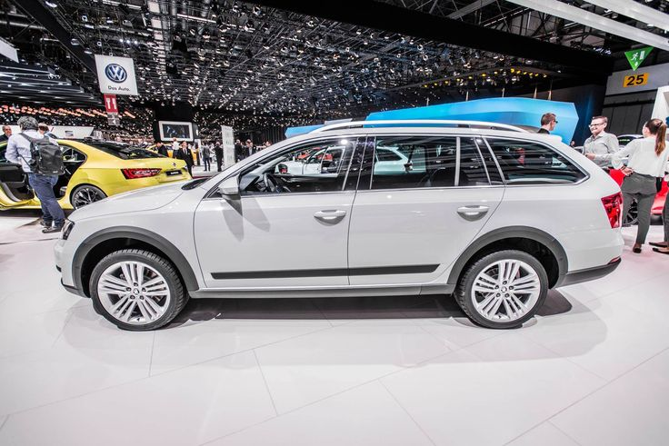 The crossover-model is a true scout, with robust off-road look --> http://www.skoda-auto.com/en/models/octavia-scout/ #octaviascout #octavia #skoda #genevamotorshow