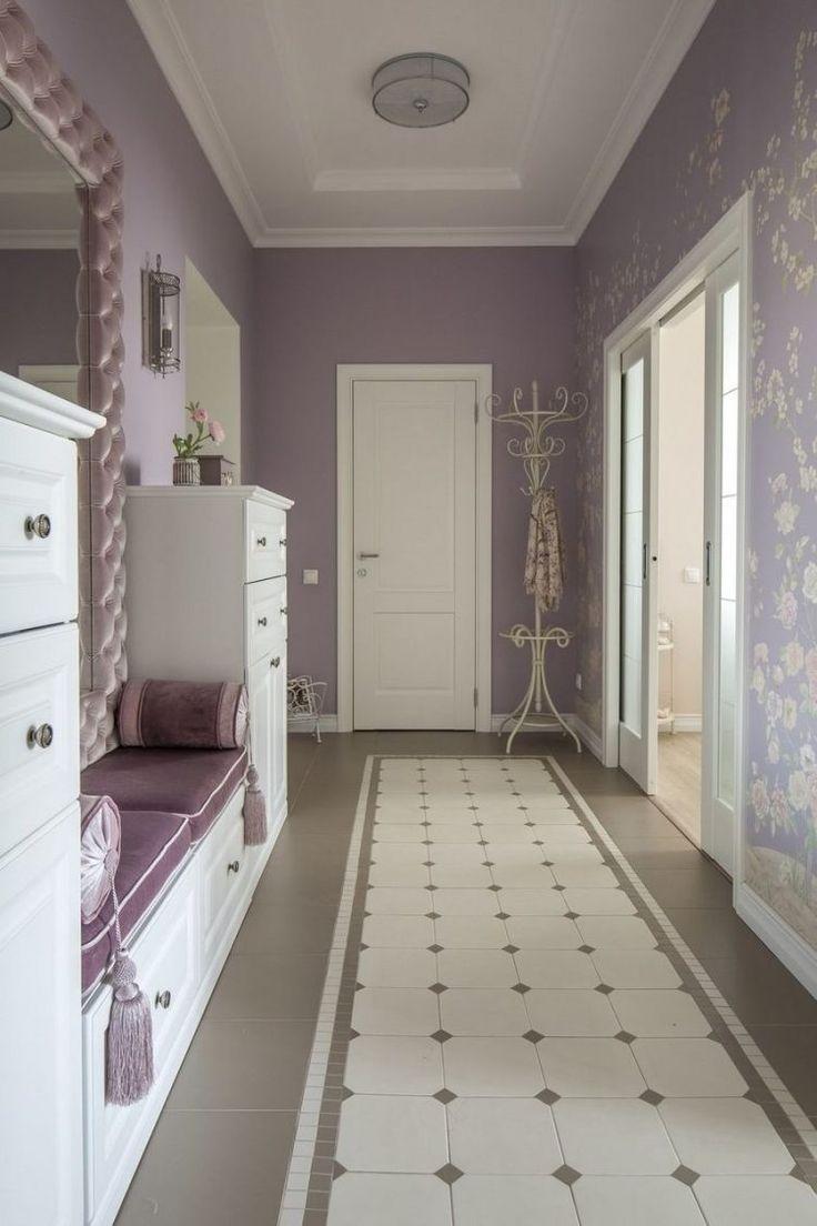 Szép lakások - 55m2-es kétszobás otthon, pasztell színek, lila és púder árnyalatok, klasszikus lakberendezés