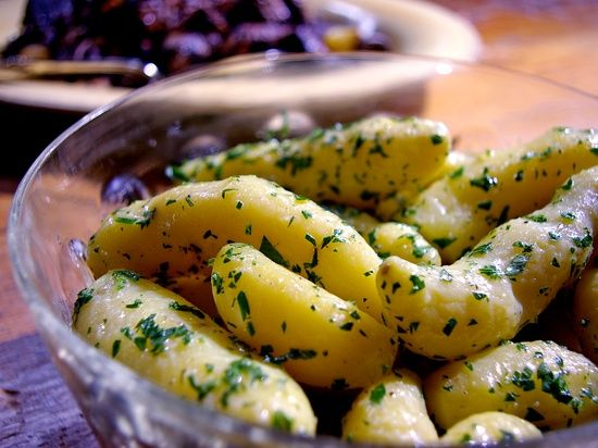 Boiled Parslied Potatoes to go with her Beef Bourguignon from Laura Calder of French Food At Home ~