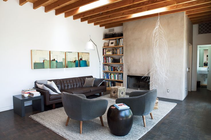 plafond avec solives exposées