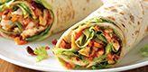 Een lekker Mexicaans kip wrap recept met geroosterde paprikasaus maken? Met dit kip wrap recept lukt het altijd. Een heerlijke wrap met kipfilet en een zelfgemaakte pittige paprikasaus!