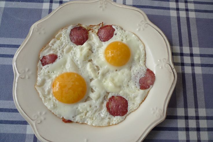 Eggs and salame, my father's recipe