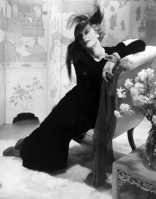 Edward Steichen's 1932 portrait of Marlene Dietrich