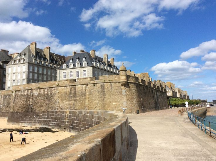 17 best images about saint malo brittany france on pinterest the old language and the o 39 jays. Black Bedroom Furniture Sets. Home Design Ideas