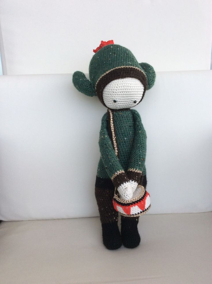 CARL the cactus made by Silvia M. C. / crochet pattern by lalylala