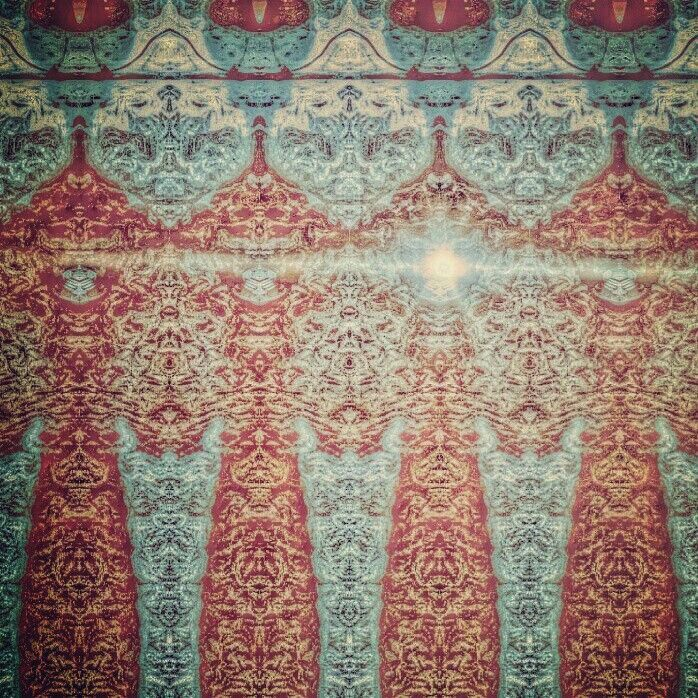 Disain batik punthuk stumbu karya Qunayfi