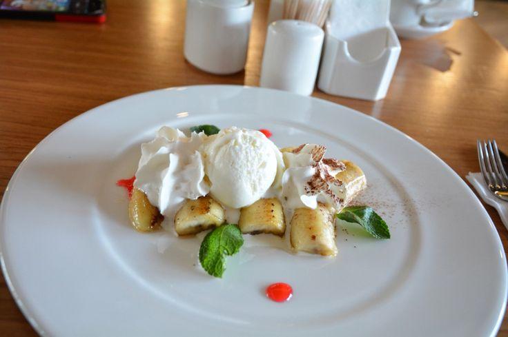 Жаренные бананы с мороженым #десерты