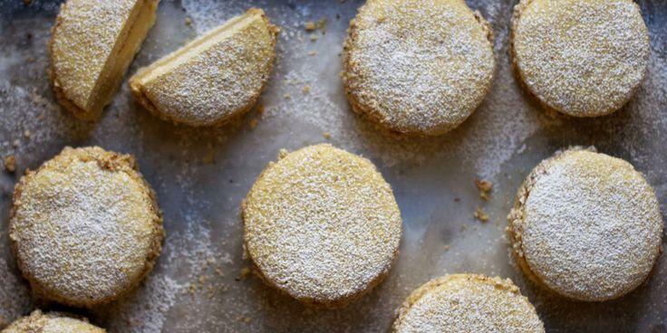 La Deliziosa (Hazelnut Cream Sandwich Cookies)   Recipe