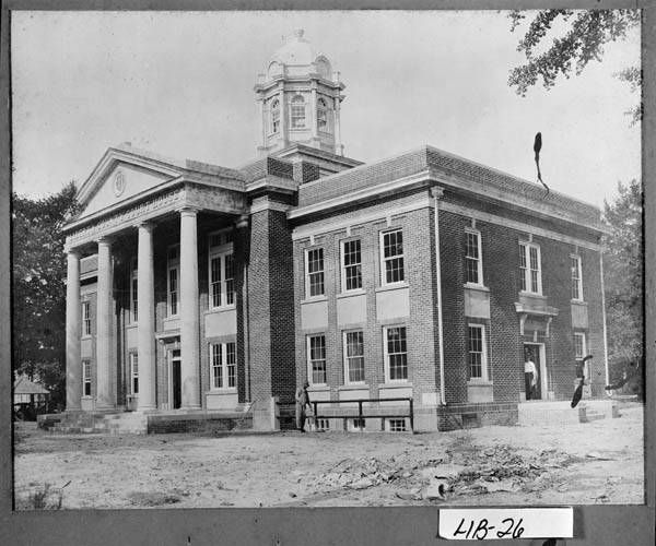 Photograph Of Liberty County Courthouse Hinesville Georgia