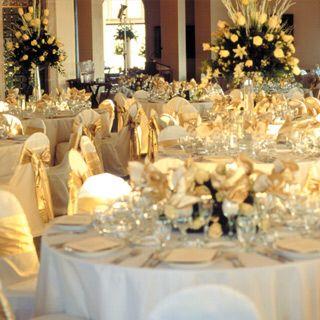 Decoración mesas dorado