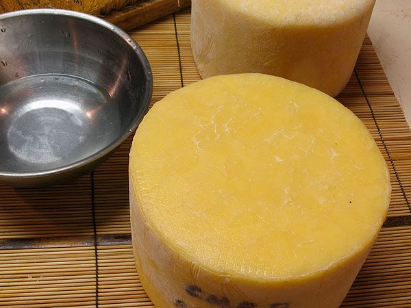 Red Cheese Wax for sealing cheese
