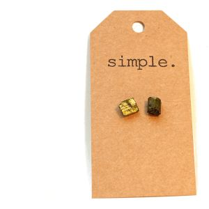 simple studs...simply gorgeous!